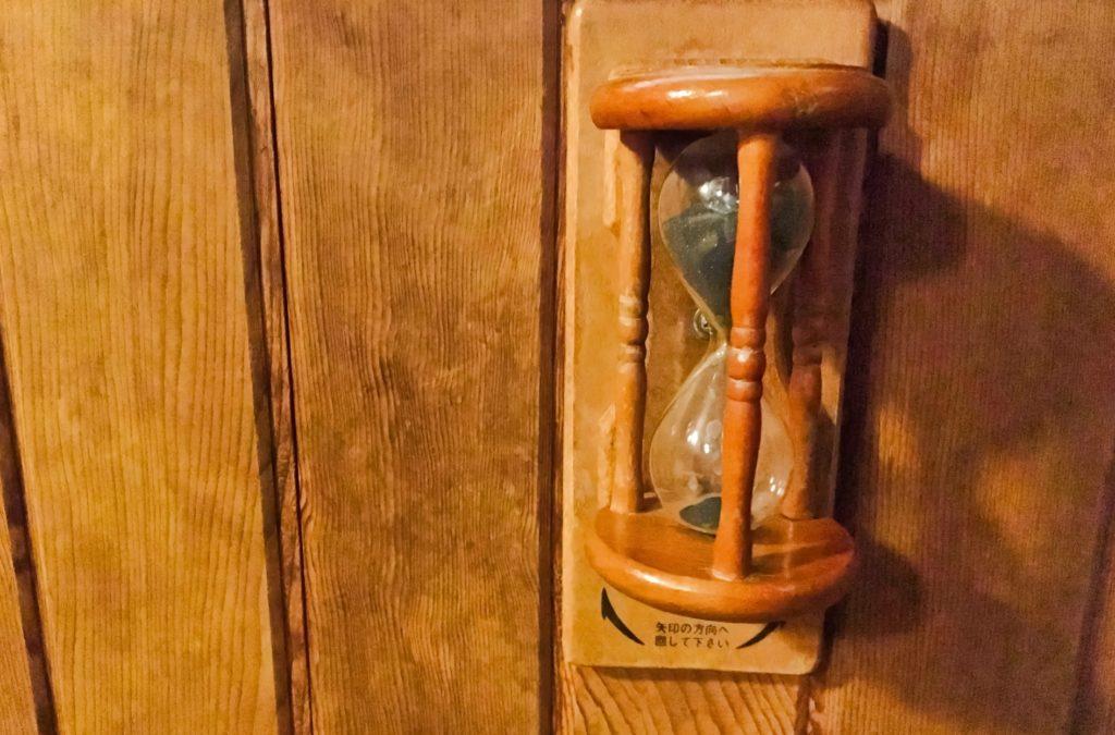 サウナ発祥の地フィンランド_サウナの砂時計