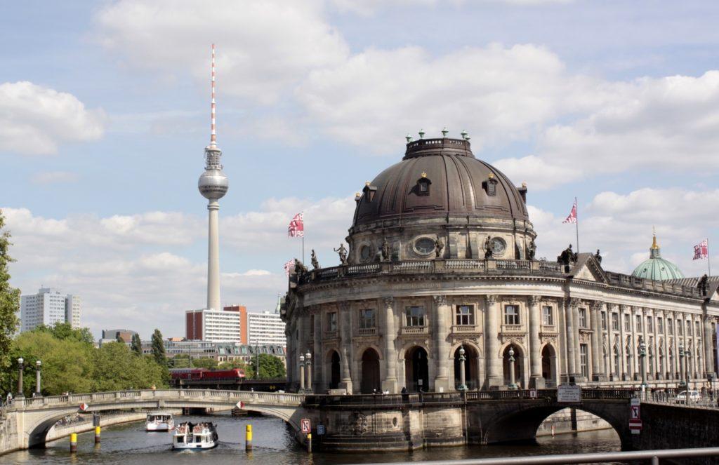 ドイツ人は合理的_ベルリンの街並み