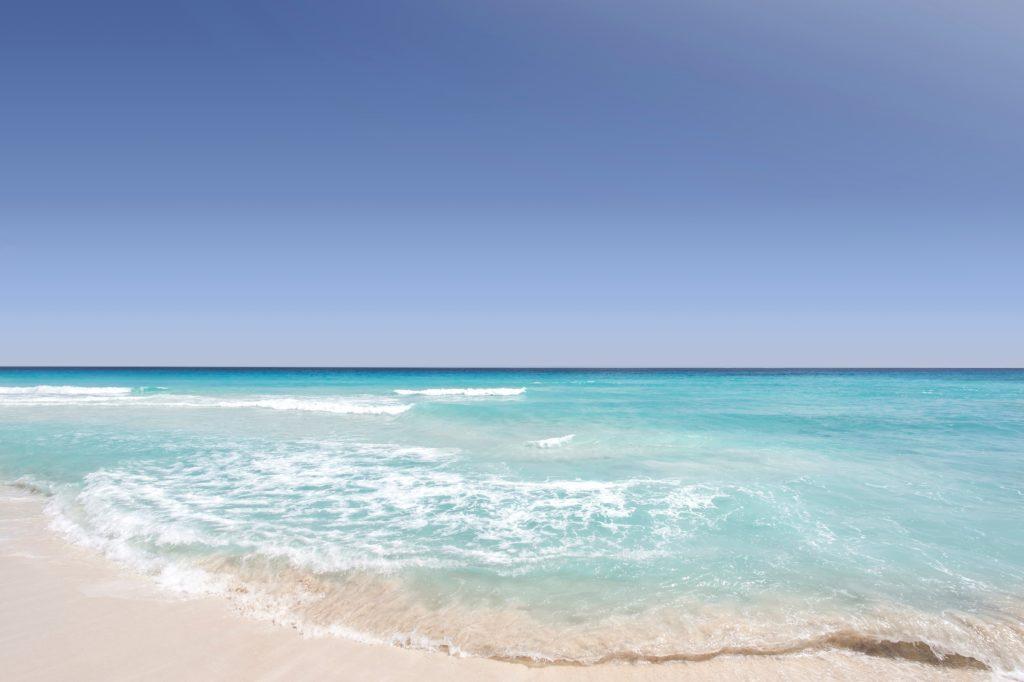 ハイアムズビーチ_Hyams-Beach_きれいな青空と海