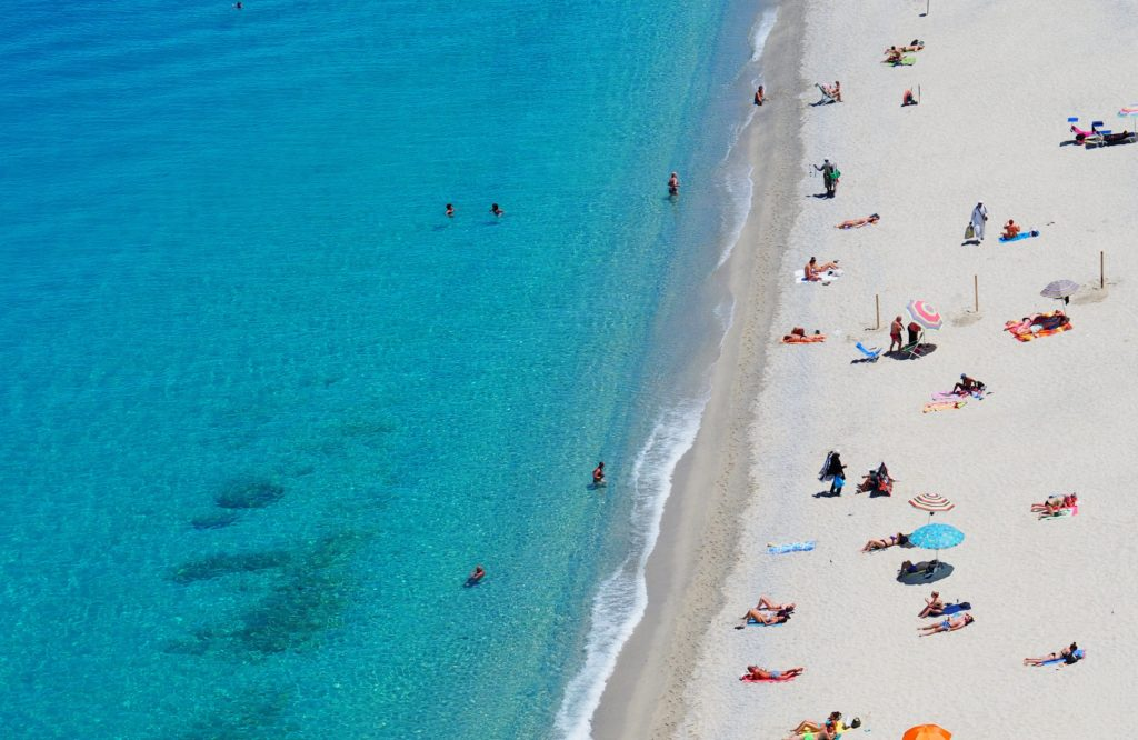 ハイアムズビーチ_Hyams-Beach_白く美しい砂浜