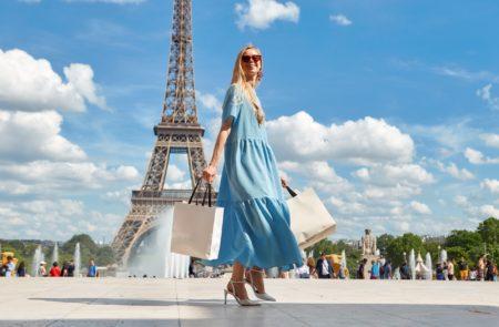 フランス人は食べても太らない_生活習慣と食生活_細身なフランス人女性