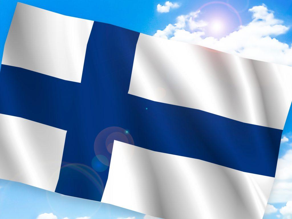 世界の絶景ホテル_フィンランドの国旗