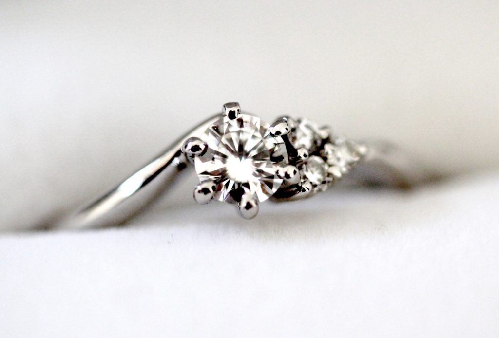 婚約指輪_美しくて綺麗