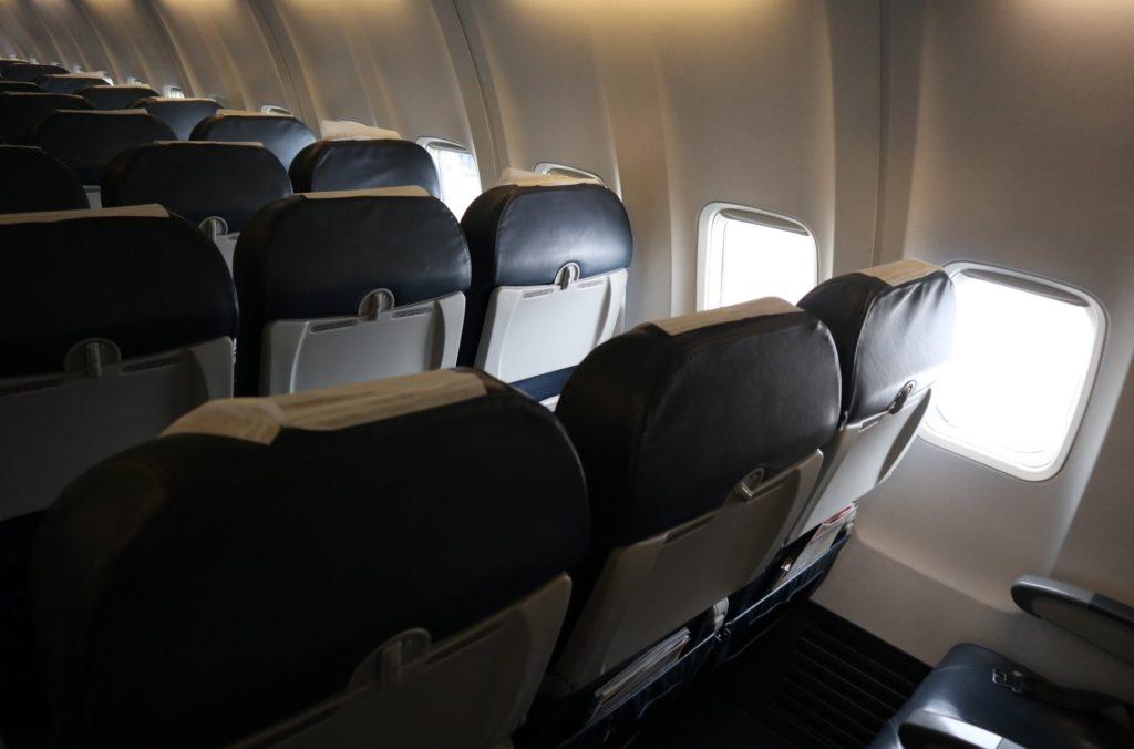 飛行機フライト_機内サービス_座席