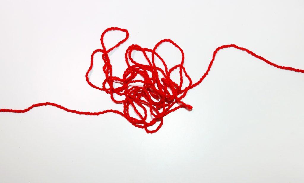 LINE既読スルー_複雑な赤い糸