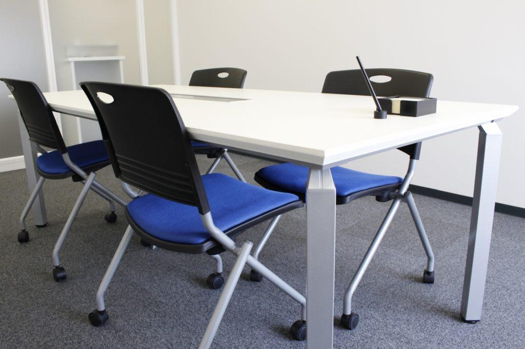 レンタルスペース・貸し会議室の運営代行サービス業者比較_省スペースの貸し会議室